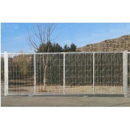 Puerta corredera 5mX2m/Alto. Fabricada con bastidor de tubo 60x40mm. Pilares 80x80mm, Incluye todo lo necesario.
